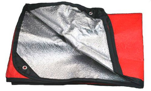 Multilayer thermal blanket: photo