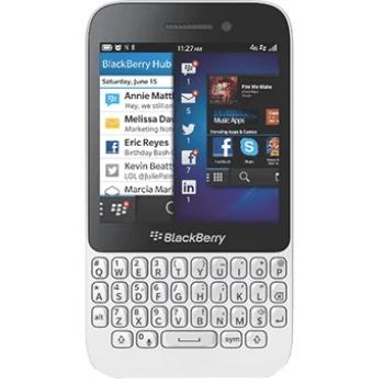 Телефон BlackBerry Q5: фото
