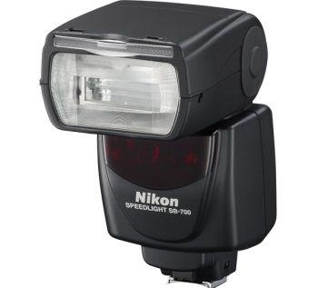 Фотовспышка Nikon SB 700: фото