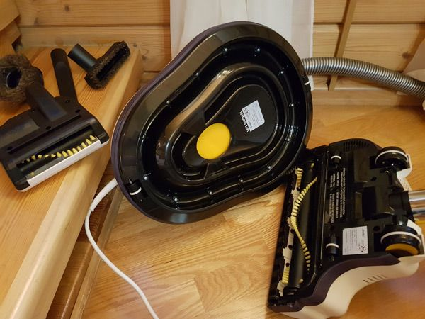 How We Tested Zero Gravity Floating Vacuum Cleaner: photo