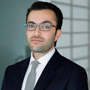 Dr. Arash Moradzadeh: photo
