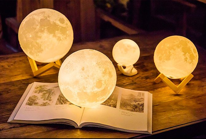 Best Moon Lamps for Relaxation: photo