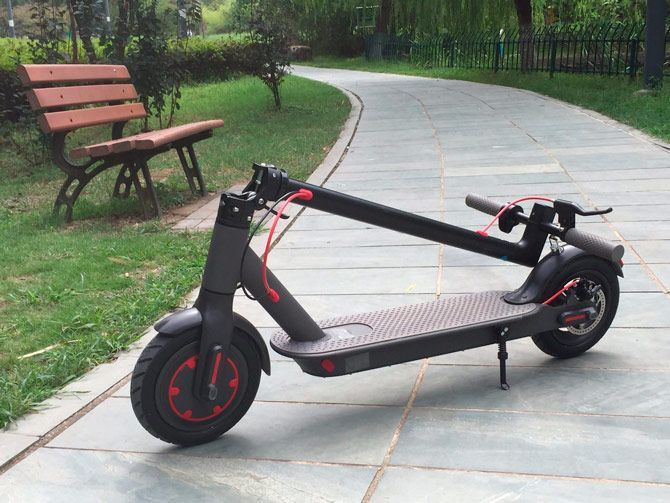 Best folding electric scooters: photo