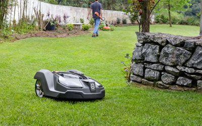 Best Robotic Lawn Mowers min: photo